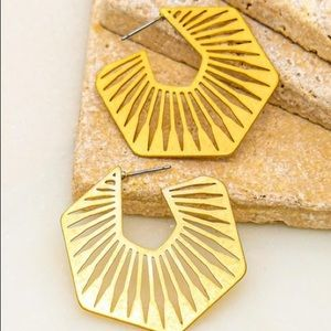 Don't Go Hexagon Hoop Earrings-Gold